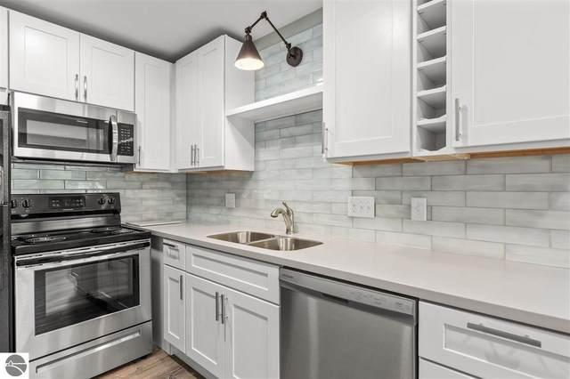 841 Fern Street #2, Traverse City, MI 49686 (MLS #1891898) :: Boerma Realty, LLC
