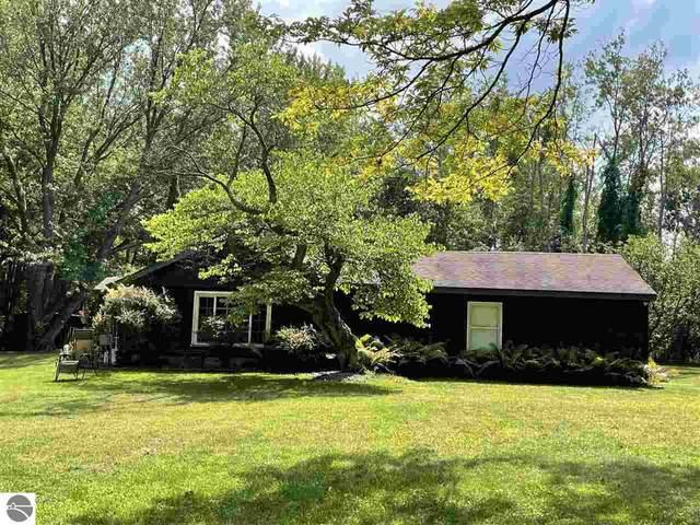 16280 Seventy-Sixth Street, South Haven, MI 49090 (MLS #1892330) :: Boerma Realty, LLC