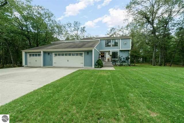 4738 Willow Bend Drive, Oscoda, MI 48750 (MLS #1892920) :: Boerma Realty, LLC