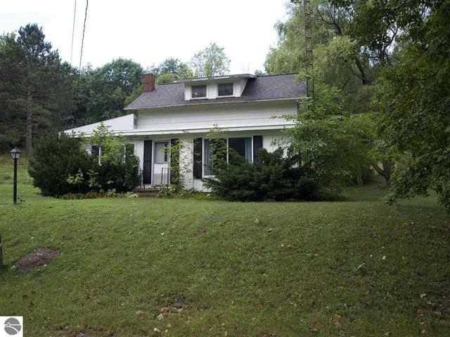 319 W Meinrad Street, Lake Leelanau, MI 49653 (MLS #1893236) :: Boerma Realty, LLC