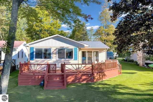 8695 Birch Drive, Hale, MI 48739 (MLS #1893260) :: CENTURY 21 Northland