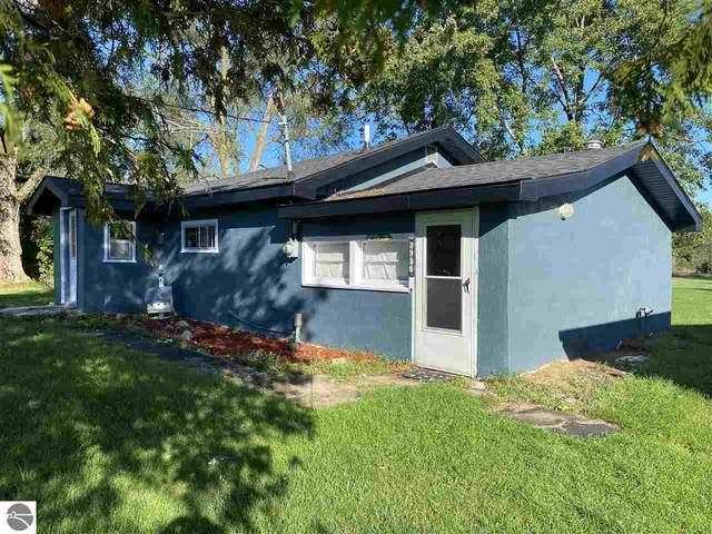 3938 Parker Road, Gladwin, MI 48624 (MLS #1893337) :: CENTURY 21 Northland