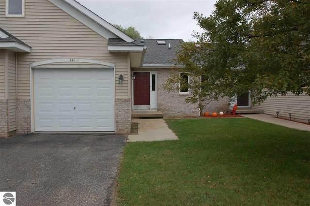443 West River Park Drive, West Branch, MI 48661 (MLS #1893353) :: CENTURY 21 Northland