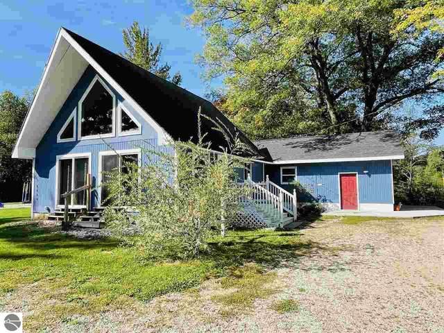 9131 W Jennings Road, Lake City, MI 49651 (MLS #1893468) :: CENTURY 21 Northland
