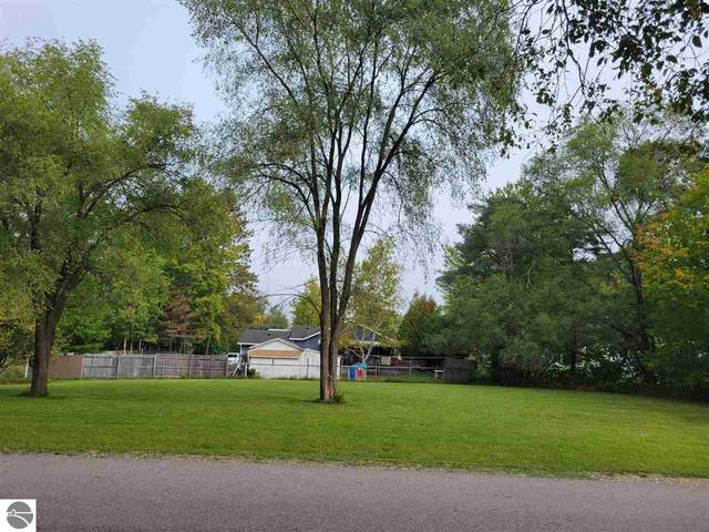 xxx Elm, Houghton Lake, MI 48629 (MLS #1893849) :: CENTURY 21 Northland