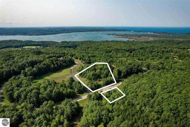 Lot 16 and 17 Emerald Ridge Trail, Arcadia, MI 49418 (MLS #1894137) :: CENTURY 21 Northland