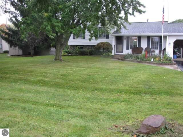 3841 Paddock Drive, Traverse City, MI 49685 (MLS #1894315) :: Brick & Corbett