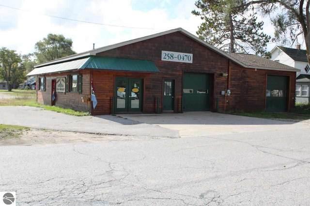 411 N Cedar Street, Kalkaska, MI 49646 (MLS #1894407) :: Team Dakoske | RE/MAX Bayshore