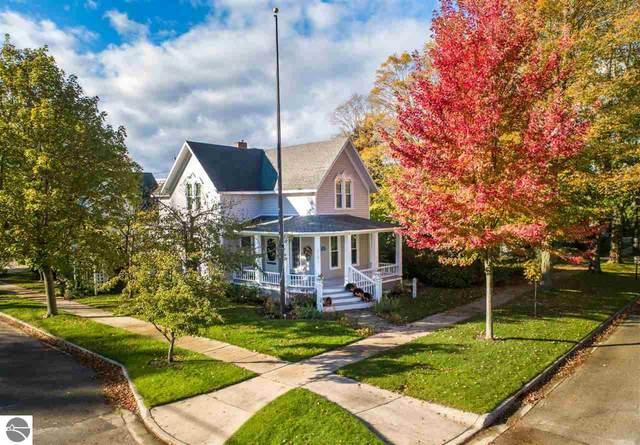 330 Forest Avenue, Frankfort, MI 49635 (MLS #1894453) :: CENTURY 21 Northland