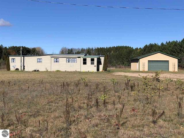 3100 W Beeler, Lake City, MI 49601 (MLS #1894490) :: CENTURY 21 Northland
