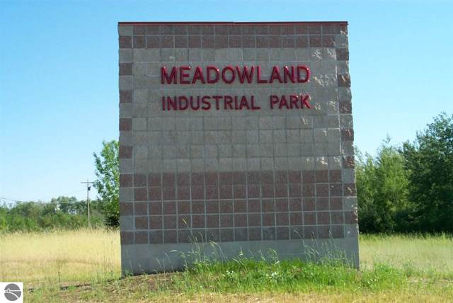 960 Industrial Circle, Traverse City, MI 49686 (MLS #1685113) :: Michigan LifeStyle Homes Group