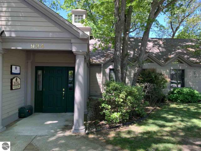 934 S Garfield Avenue, Traverse City, MI 49686 (MLS #1814776) :: Boerma Realty, LLC