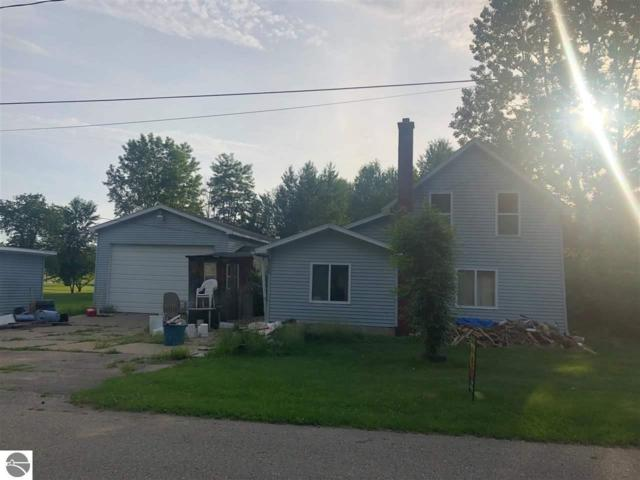 327 N Second Street, Edmore, MI 48829 (MLS #1857068) :: Boerma Realty, LLC