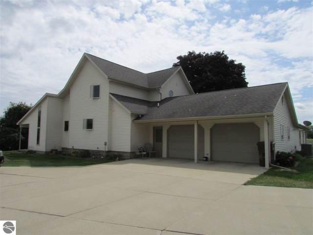 6950 S Leaton Road, Shepherd, MI 48883 (MLS #1866015) :: Boerma Realty, LLC