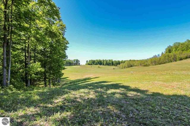 0025 Heather Ridge Trail, Beulah, MI 49617 (MLS #1866263) :: Michigan LifeStyle Homes Group