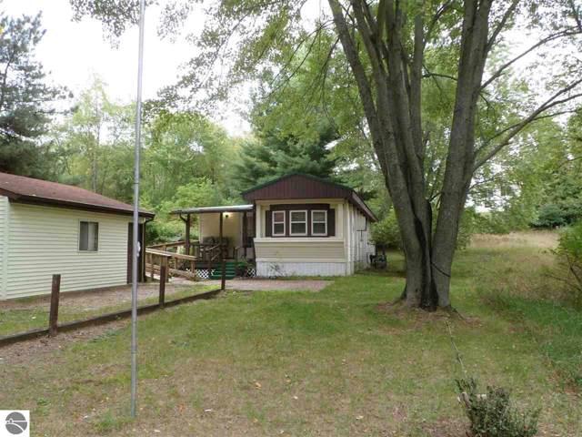 1039 Vallado Drive, Lake Isabella, MI 48893 (MLS #1867746) :: Boerma Realty, LLC