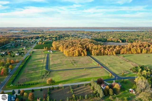 Lot 4 Fox Run Drive, Cadillac, MI 49601 (MLS #1868745) :: CENTURY 21 Northland
