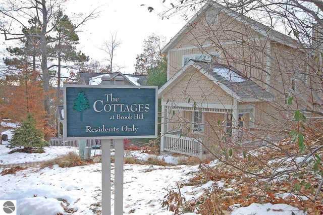 35 Brook Hill Cottages, Glen Arbor, MI 49636 (MLS #1869924) :: Boerma Realty, LLC