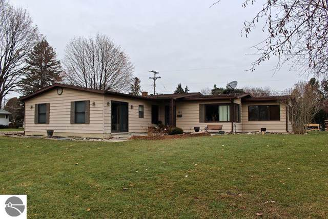 980 Falkirk Road, Alma, MI 48801 (MLS #1870367) :: Boerma Realty, LLC