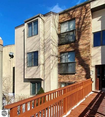 6056 Holt Road #6, Williamsburg, MI 49690 (MLS #1872014) :: Brick & Corbett