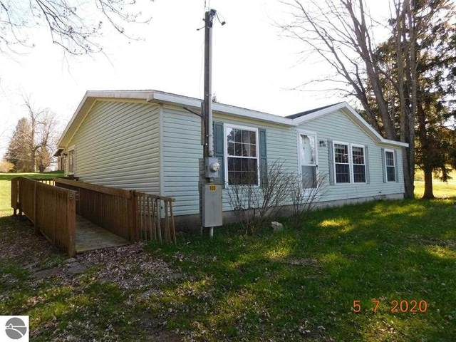 608 Maple, Luther, MI 49656 (MLS #1872029) :: CENTURY 21 Northland