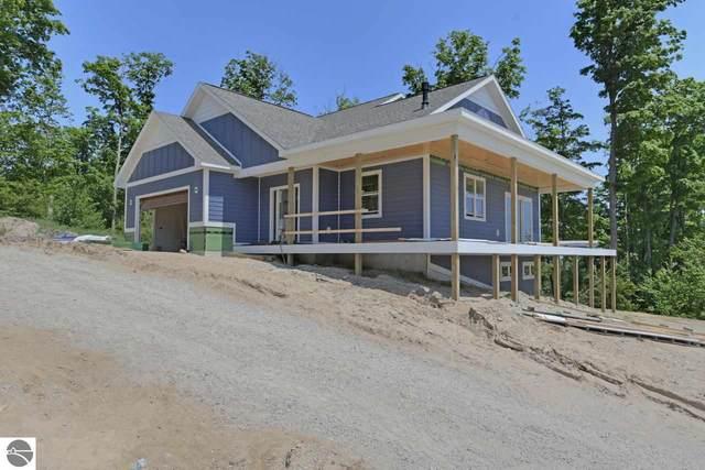 4249 Eagles View, Traverse City, MI 49684 (MLS #1872225) :: Michigan LifeStyle Homes Group