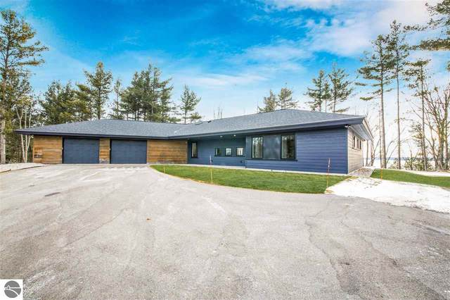 6855 Carol Ann Drive, Traverse City, MI 49684 (MLS #1873469) :: Michigan LifeStyle Homes Group
