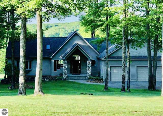 2014 Oakmont Drive, Bellaire, MI 49615 (MLS #1873707) :: CENTURY 21 Northland
