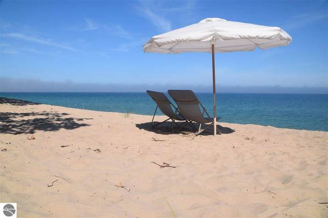 500 Beach Road, Frankfort, MI 49635 (MLS #1873931) :: Michigan LifeStyle Homes Group