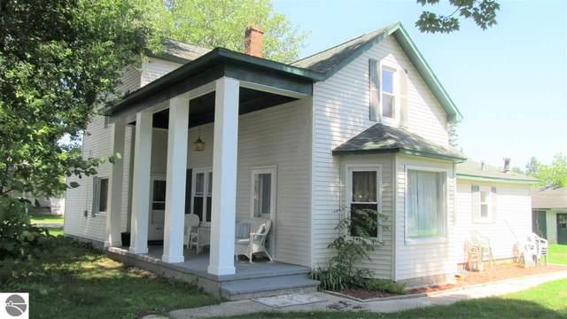 201 6th Avenue, Tawas City, MI 48763 (MLS #1874417) :: Michigan LifeStyle Homes Group