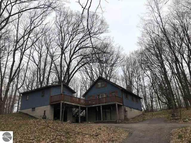 118 Osceola Ledge, Leroy, MI 49655 (MLS #1874742) :: Michigan LifeStyle Homes Group