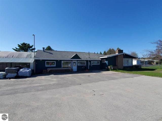 8628 Cairn Highway, Elk Rapids, MI 49629 (MLS #1874761) :: Team Dakoske | RE/MAX Bayshore
