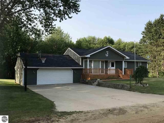 11080 W Jefferson Road, Riverdale, MI 48877 (MLS #1875196) :: Boerma Realty, LLC