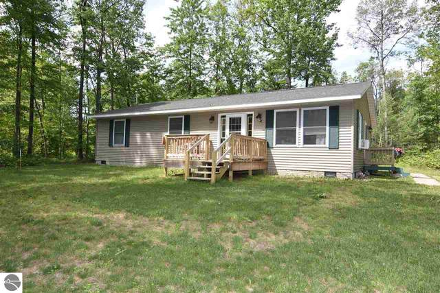 1055 S Bringold Avenue, Lake, MI 48632 (MLS #1875704) :: CENTURY 21 Northland