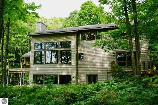 388 W Beech Bark Trail, Maple City, MI 49664 (MLS #1877384) :: Michigan LifeStyle Homes Group