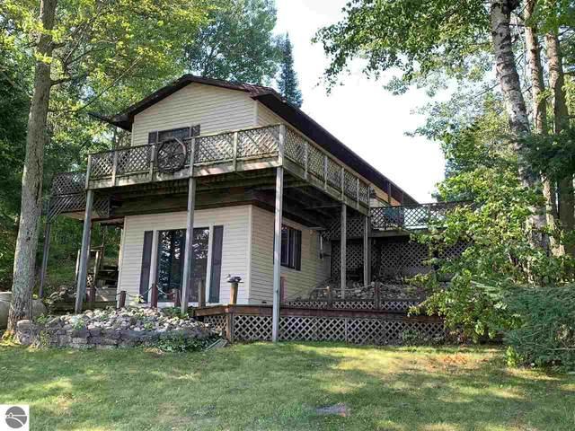 6212 Lake Four Road, Gladwin, MI 48624 (MLS #1877745) :: CENTURY 21 Northland