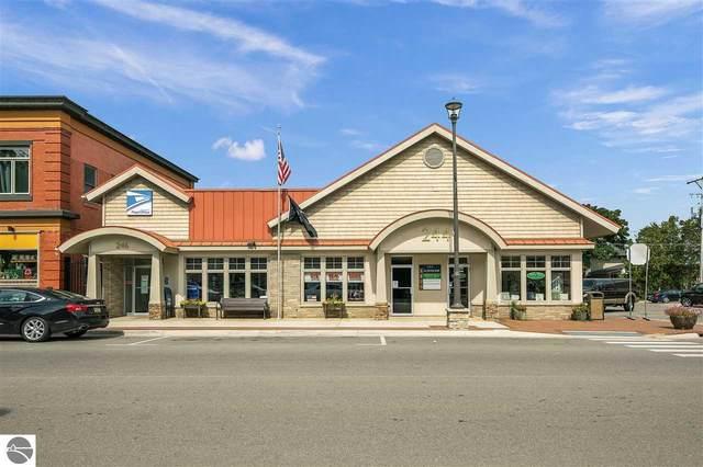 244/246 S Benzie Boulevard, Beulah, MI 49617 (MLS #1879114) :: Michigan LifeStyle Homes Group