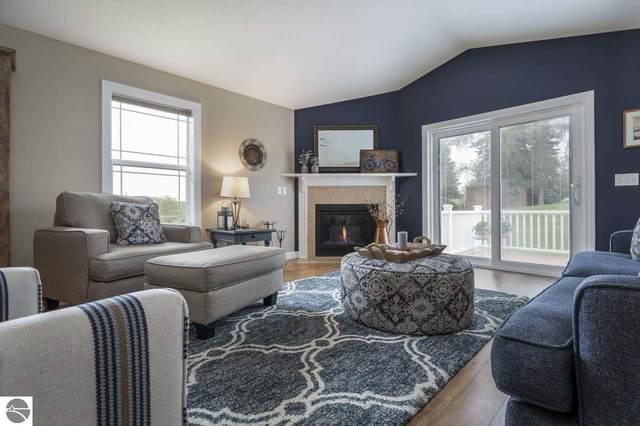 2128 Chrystal Ridge Drive #8, Traverse City, MI 49686 (MLS #1879788) :: Michigan LifeStyle Homes Group