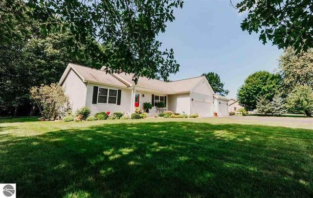 4819 Arbor Latch, Traverse City, MI 49685 (MLS #1879805) :: Michigan LifeStyle Homes Group