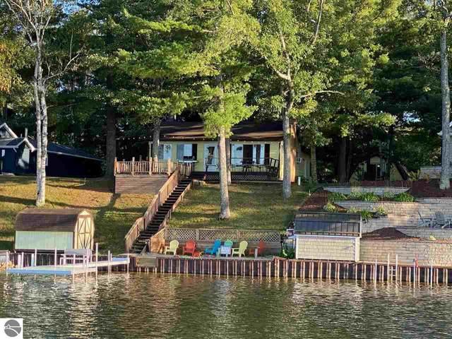 4761&4760 Lakeside, Hale, MI 48739 (MLS #1880019) :: Michigan LifeStyle Homes Group