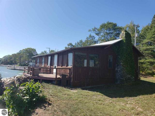 1262 N Us-23, East Tawas, MI 48730 (MLS #1880134) :: Michigan LifeStyle Homes Group