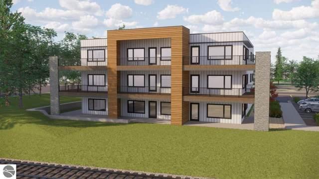 225 E Seventeenth Street 3-C, Traverse City, MI 49684 (MLS #1881733) :: Brick & Corbett