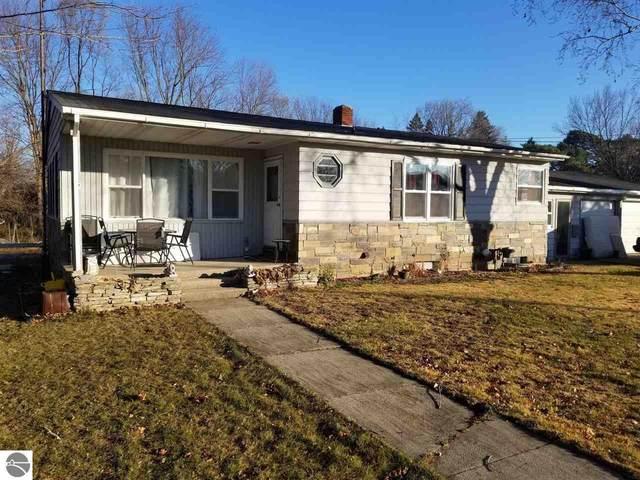 1010 Vassar Street, Alma, MI 48801 (MLS #1882161) :: Boerma Realty, LLC