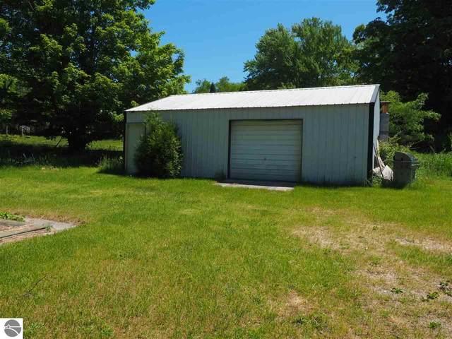 51 Lake Street, Frankfort, MI 49635 (MLS #1883104) :: Brick & Corbett