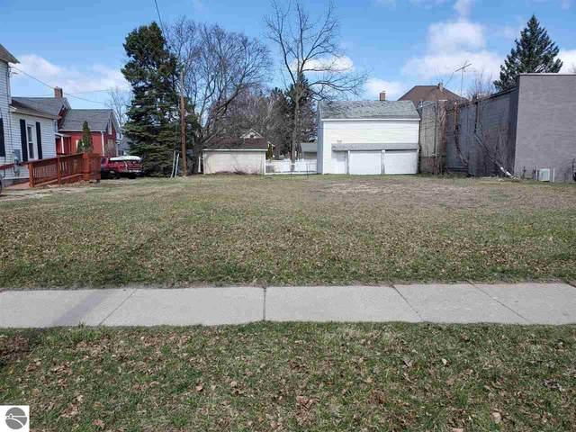 411 E Broadway Street, Mt Pleasant, MI 48858 (MLS #1883438) :: Brick & Corbett