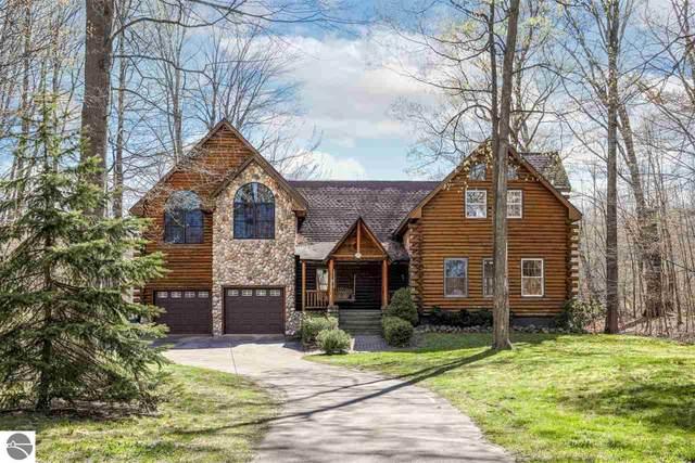817 S Lake Leelanau Drive, Lake Leelanau, MI 49653 (MLS #1884069) :: Brick & Corbett