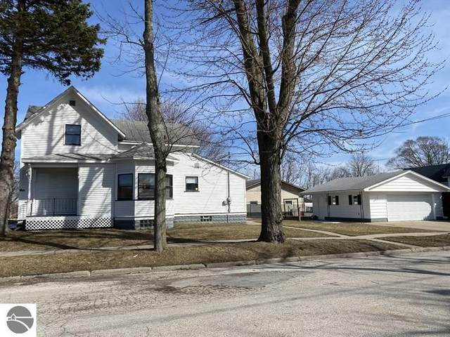 703 Hopkins Street, Manistee, MI 49660 (MLS #1884282) :: Boerma Realty, LLC
