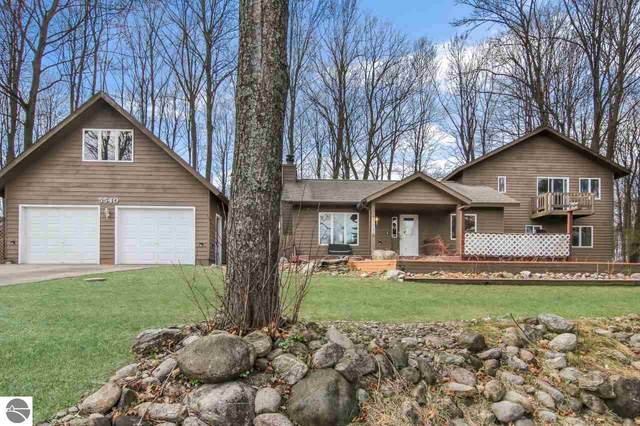5540 Golf Meadows Drive, Bellaire, MI 49615 (MLS #1885708) :: Michigan LifeStyle Homes Group
