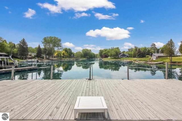 6440 E Harbor Drive, Elk Rapids, MI 49629 (MLS #1887951) :: Brick & Corbett