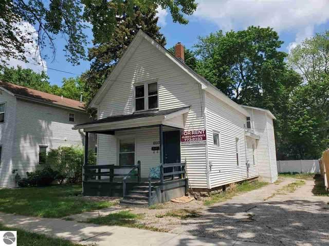 1033 S Lansing, Mt Pleasant, MI 48858 (MLS #1888564) :: Brick & Corbett